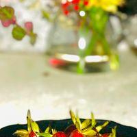 お皿に飾って… 【お庭の植物】老爺柿(...
