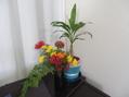 今朝摘心した花を飾ってみました