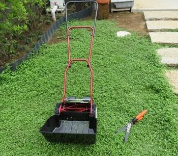 クラピアK7 芝刈機