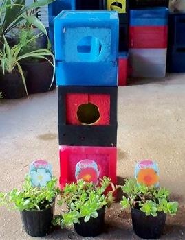 タテニワ・垂直栽培 百均CDボックスでポーチュラカ栽培