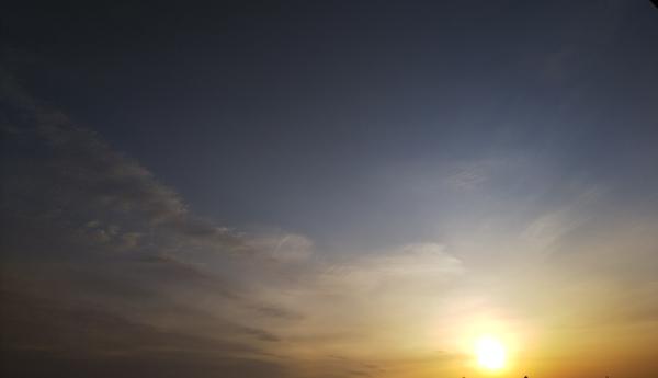 1/31  夕方🌇5時ごろの空。 そろそろ日が長くなってきましたね😃