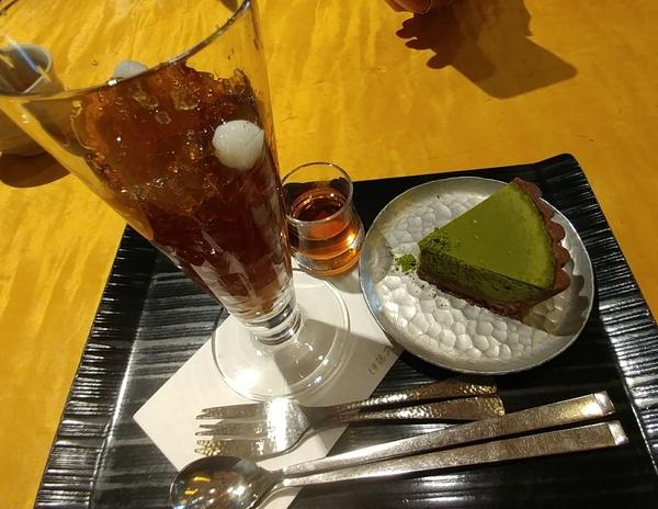 伊藤久右衛門 ほうじ茶ゼリーと抹茶チーズケーキ