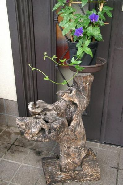 私の花置き台を紹介